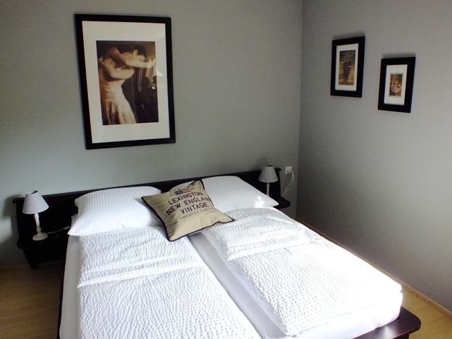 Schlafzimmer (5)